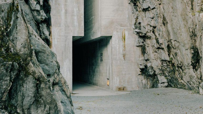 The entrance to Castelgrande by Aurelio Galfetti, captured by Simone Bossi