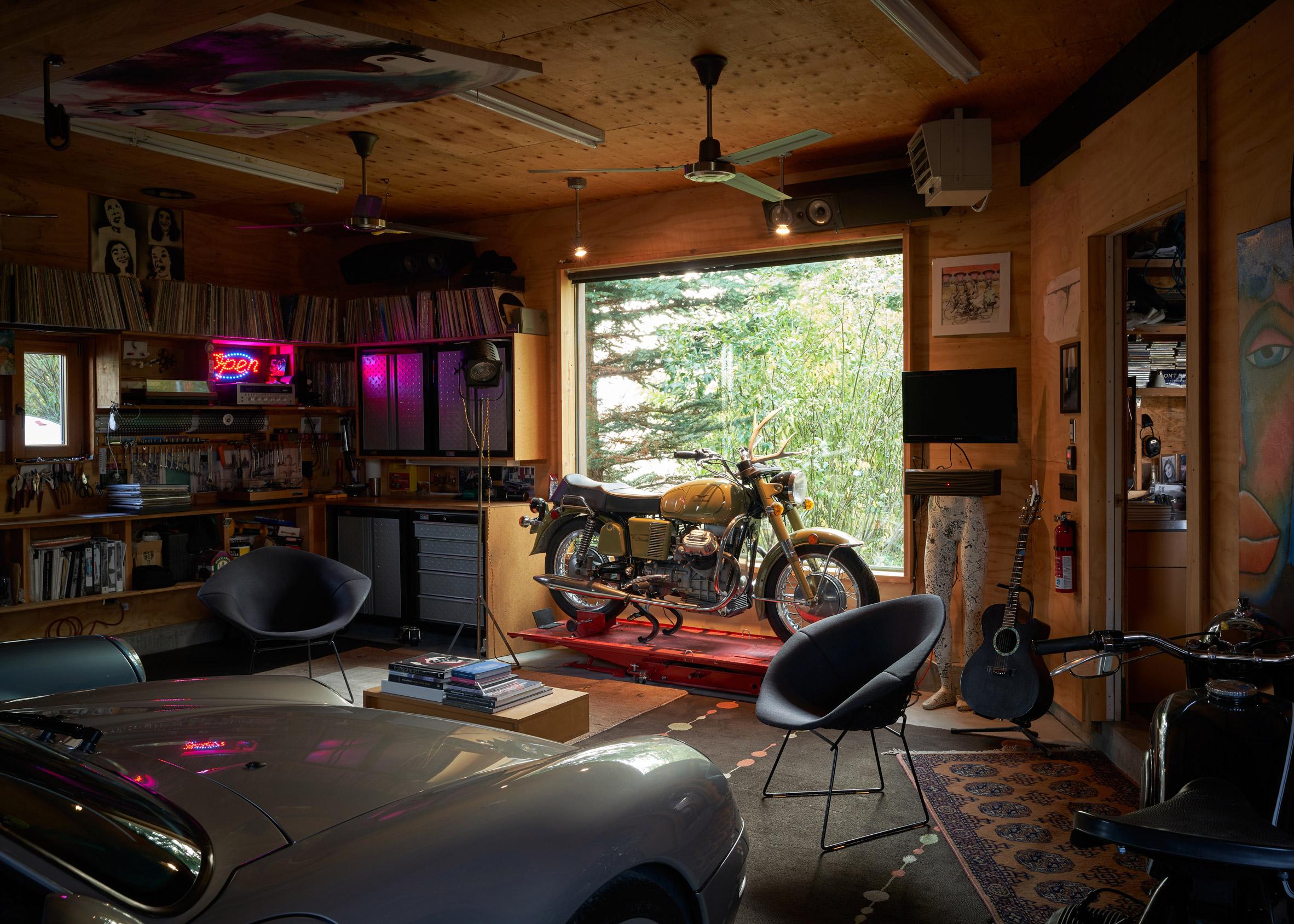 Garage of Logan Pavilion