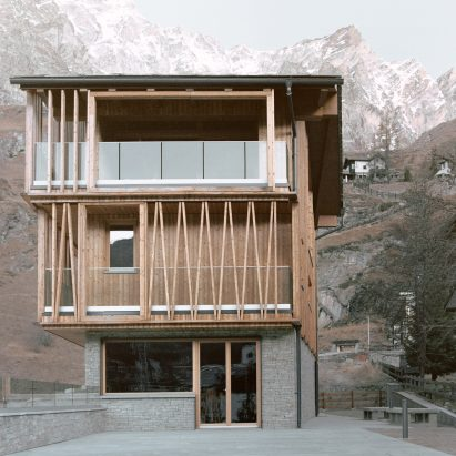 A contemporary chalet in the Italian village of Valtournenche