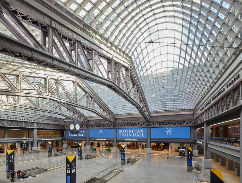 Vaulted glass atrium in New York