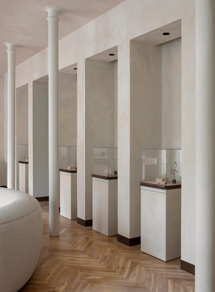 Colonnade in Dulong jewellery store by Norm Architects