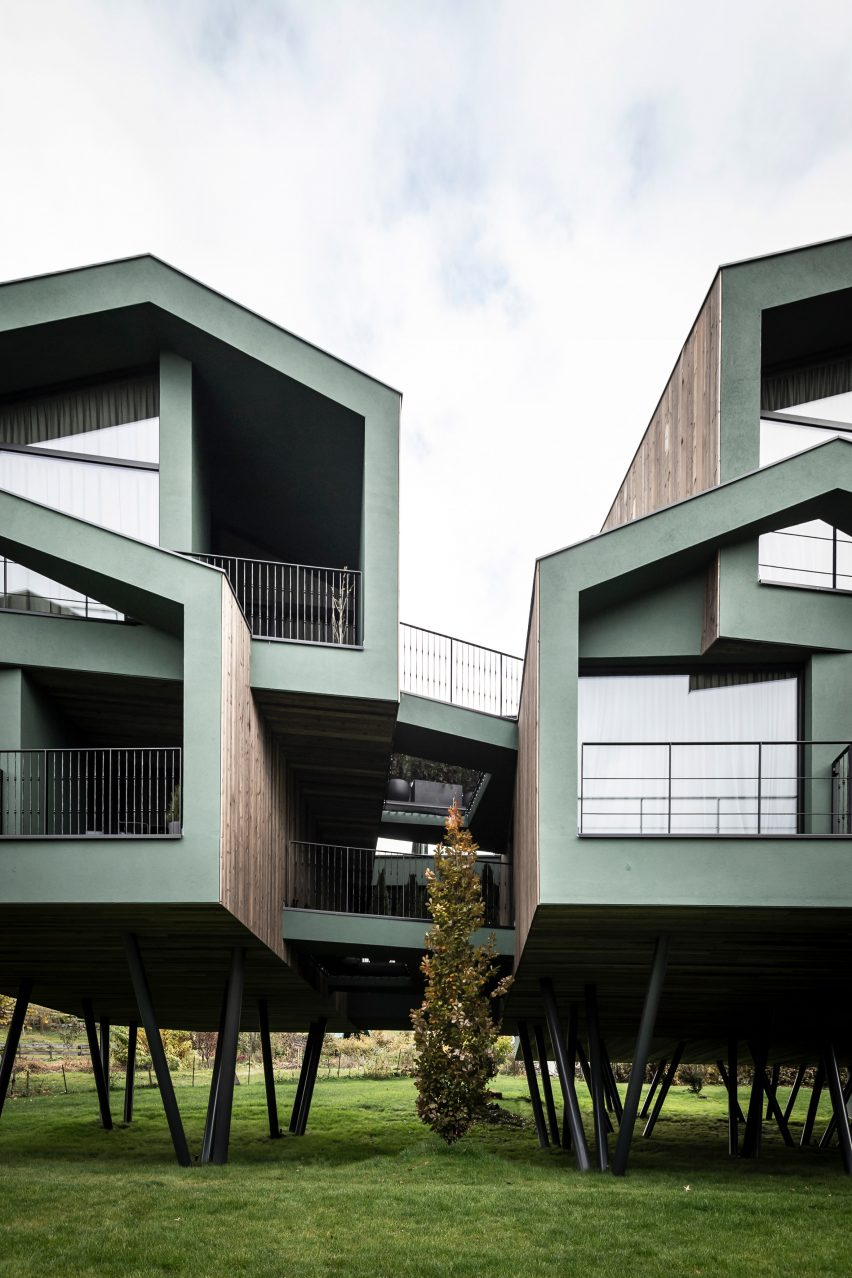 The exterior of the Floris hotel extension by NOA