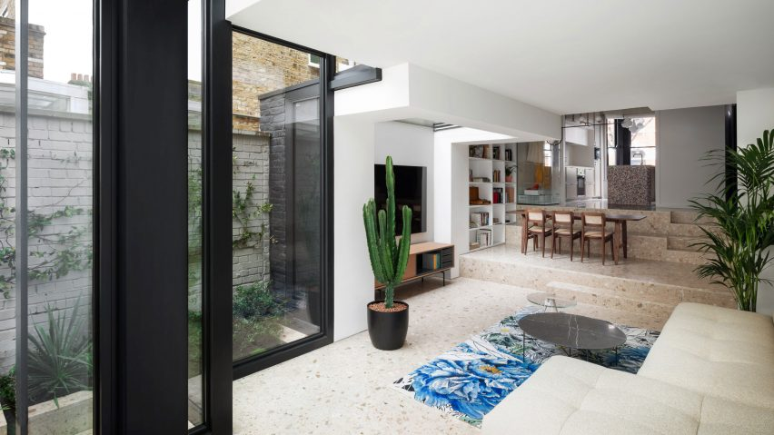 Living room of Frame House by Bureau de Change