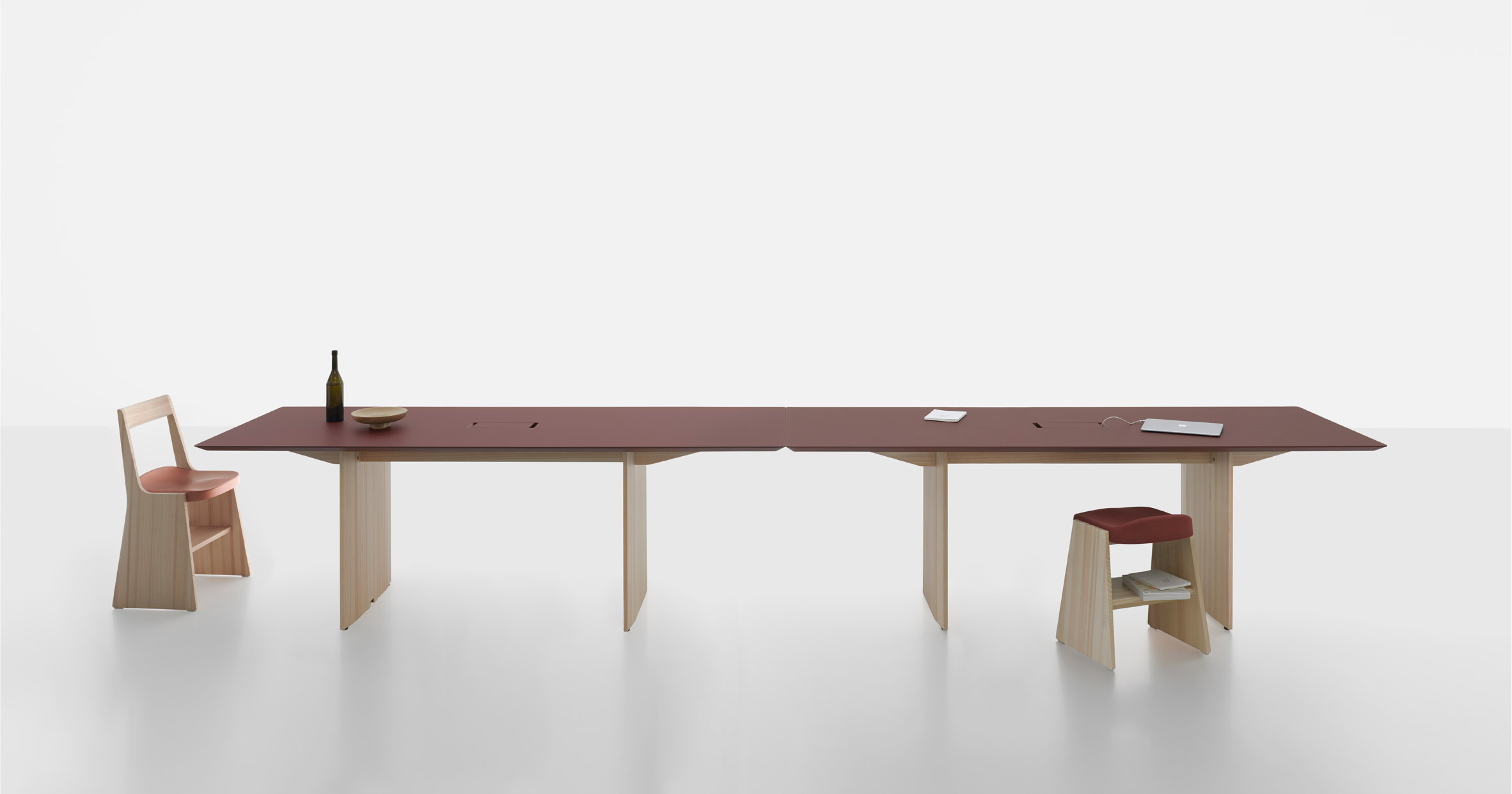 Fronda table and Soft Fronda stool and chair by Industrial Facility for Mattiazzi
