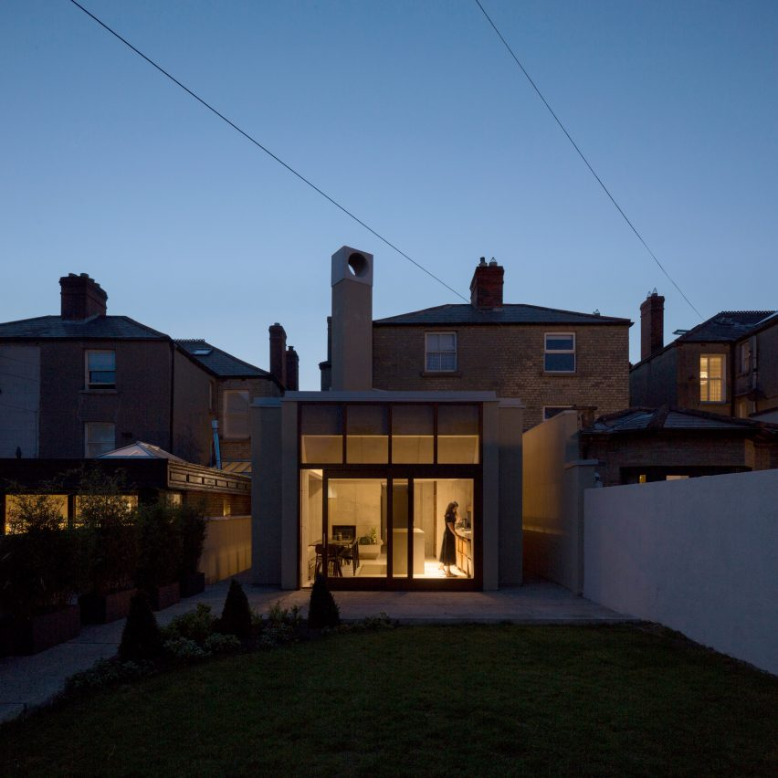 The exterior of the Hollybrook Road extension by TOB Architect