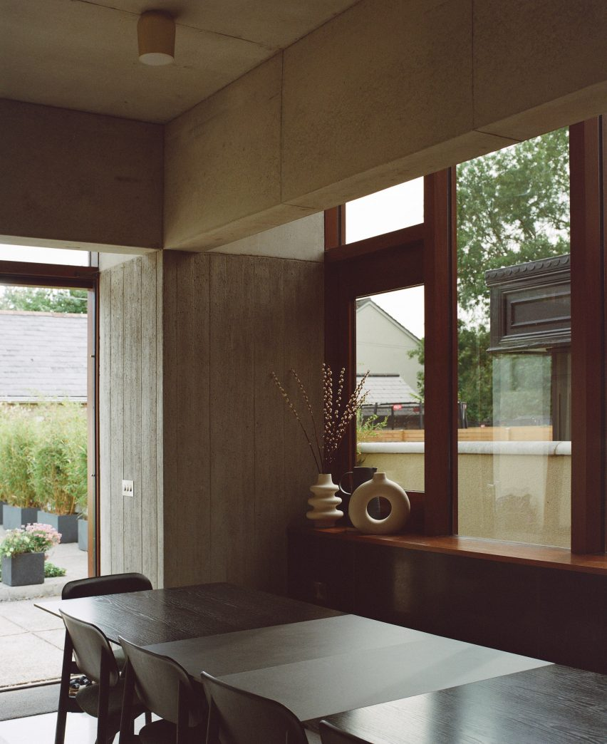 The dining room of the Hollybrook Road extension by TOB Architect