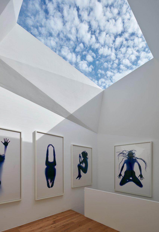 Art gallery in London mews by Jonathan Tuckey Design