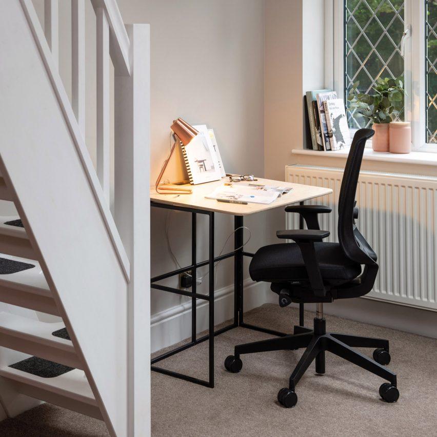 KIT desk by Spacestor