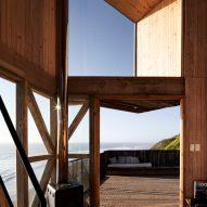 Wood-clad cabin in Navidad