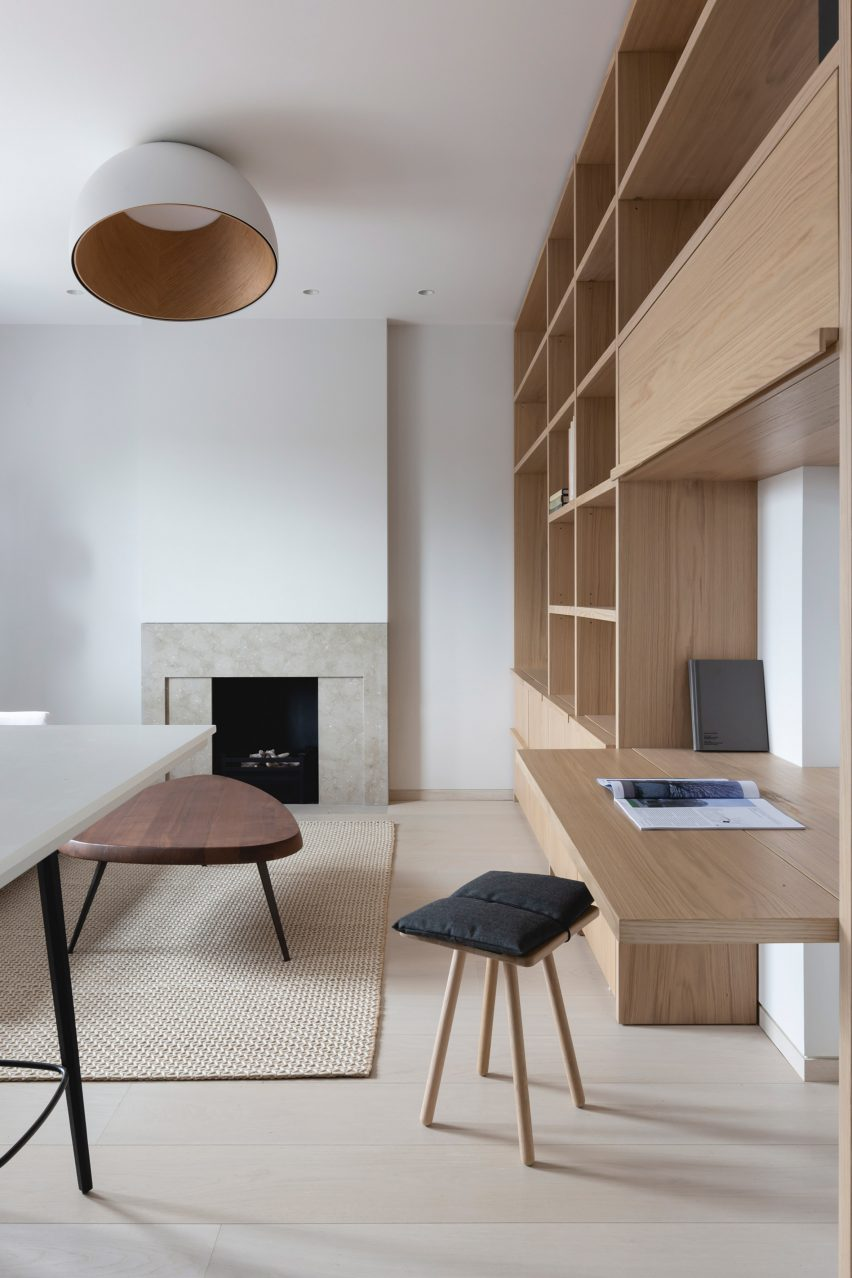 Living space in Mayfair pied-à-terre