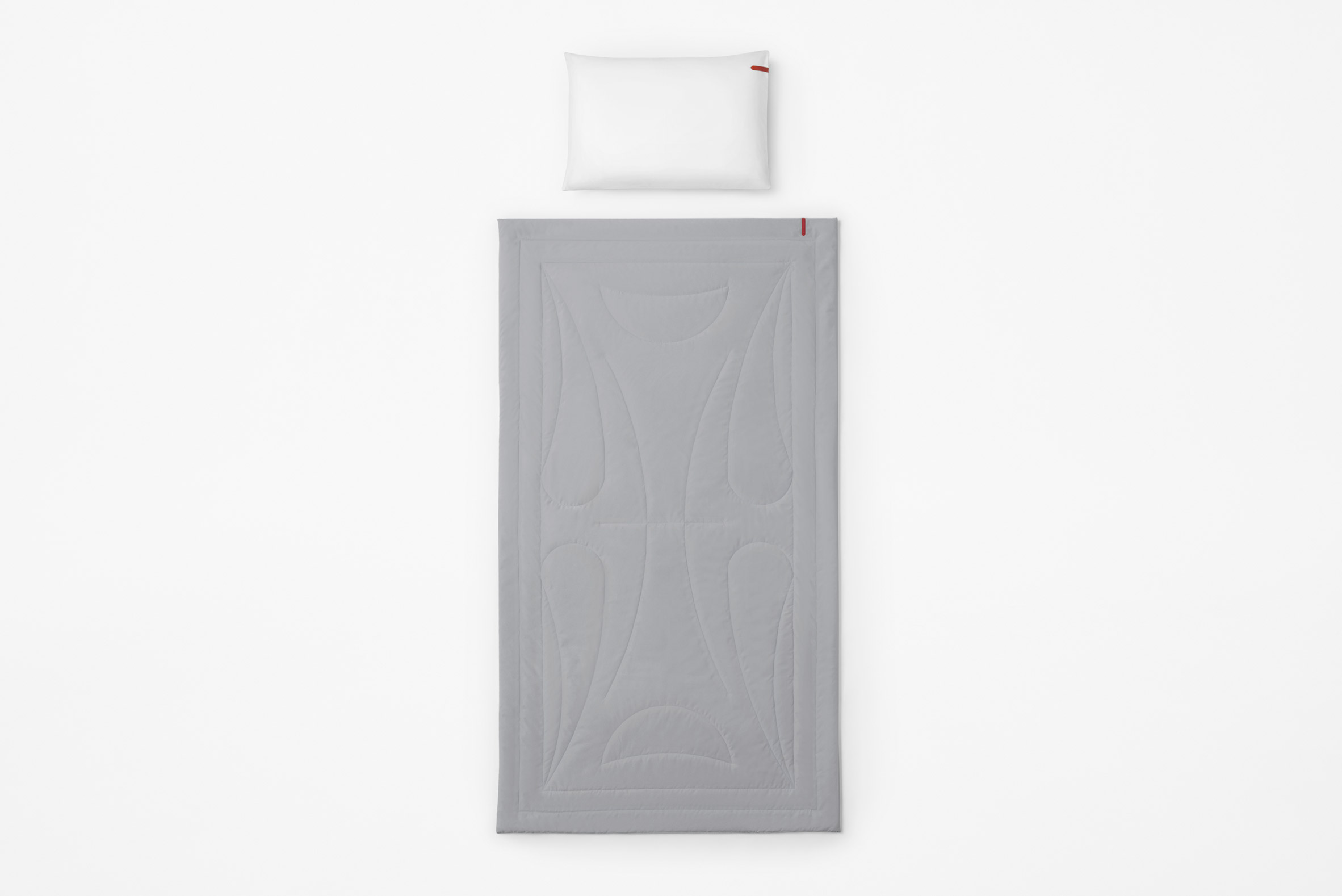Pillow and blanket by Nendo for Japan Airlines