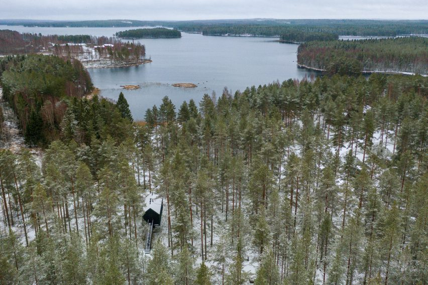 An aerial view of Studio Puisto's woodland cabin in Finland