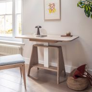Noa sit-stand desk by Benchmark