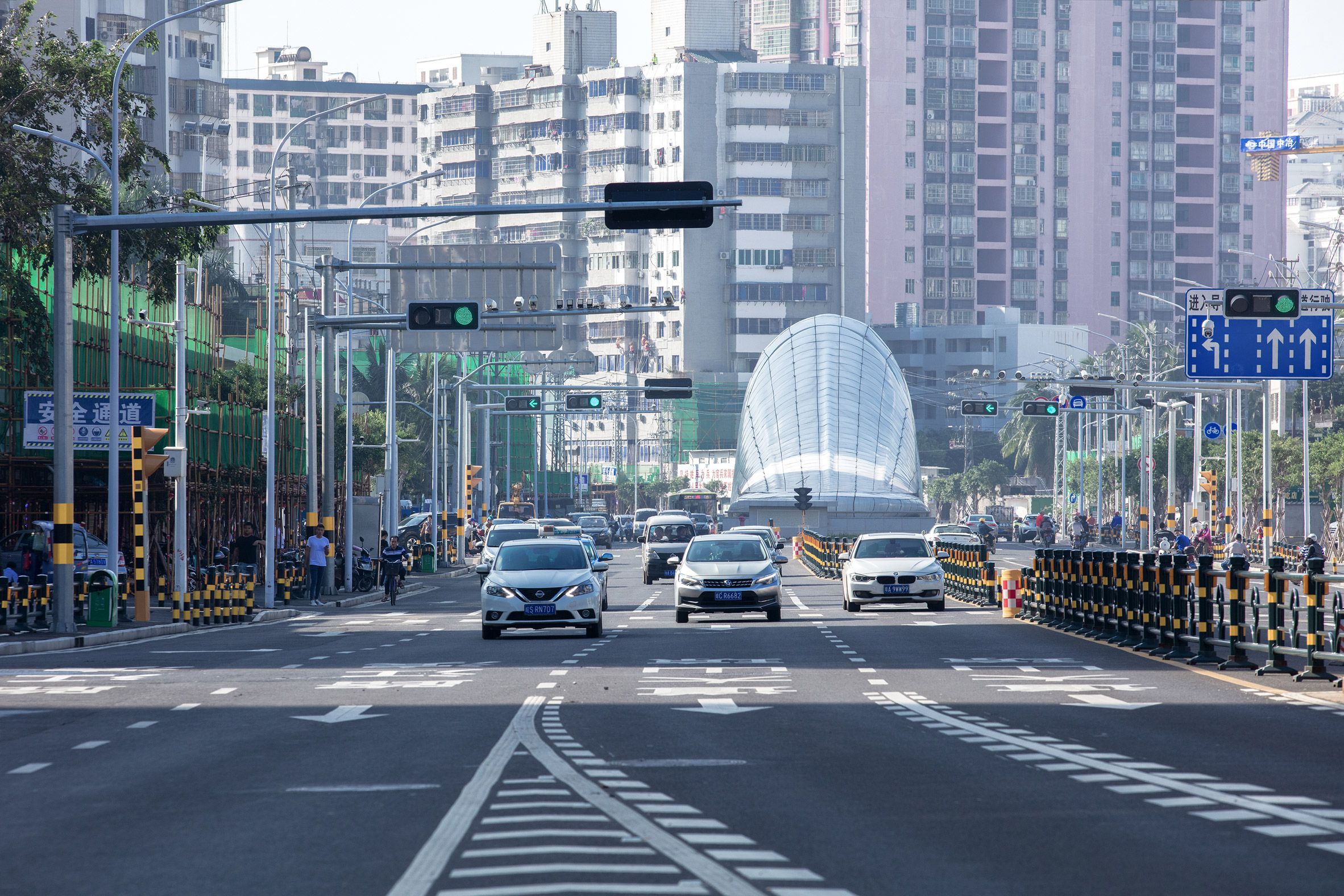 Tunnel entrance in Haikou City