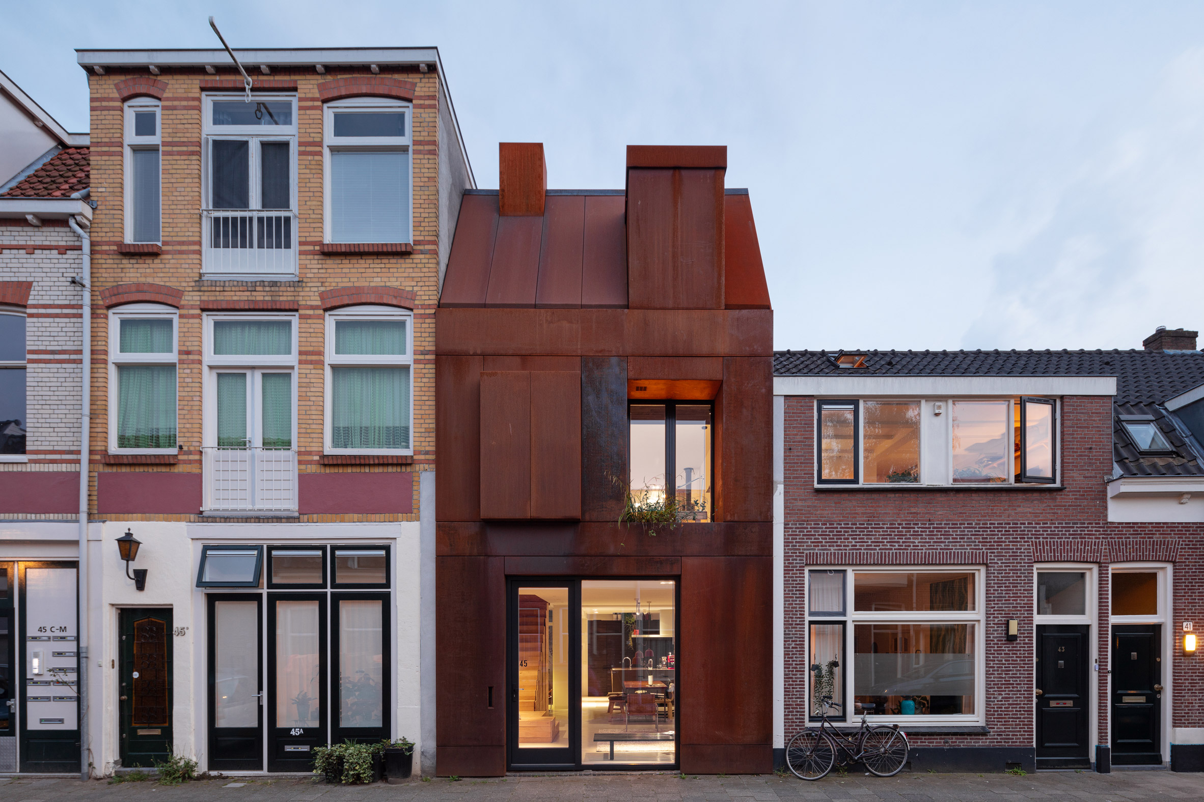 Exterior of Steel Craft House in Utrecht