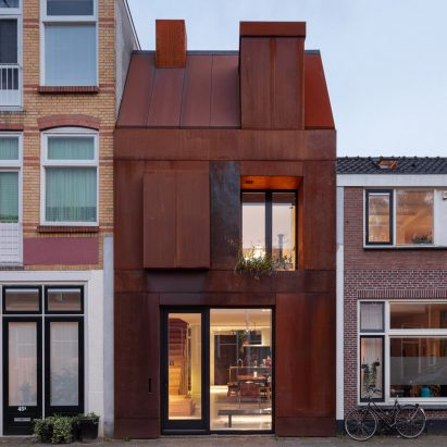 Corten-steel clad facade of Utrecht house