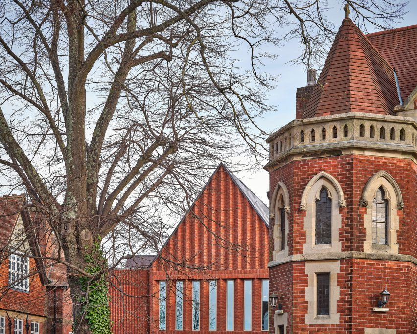 Red brick unifies the new building by Bell Phillips Architects