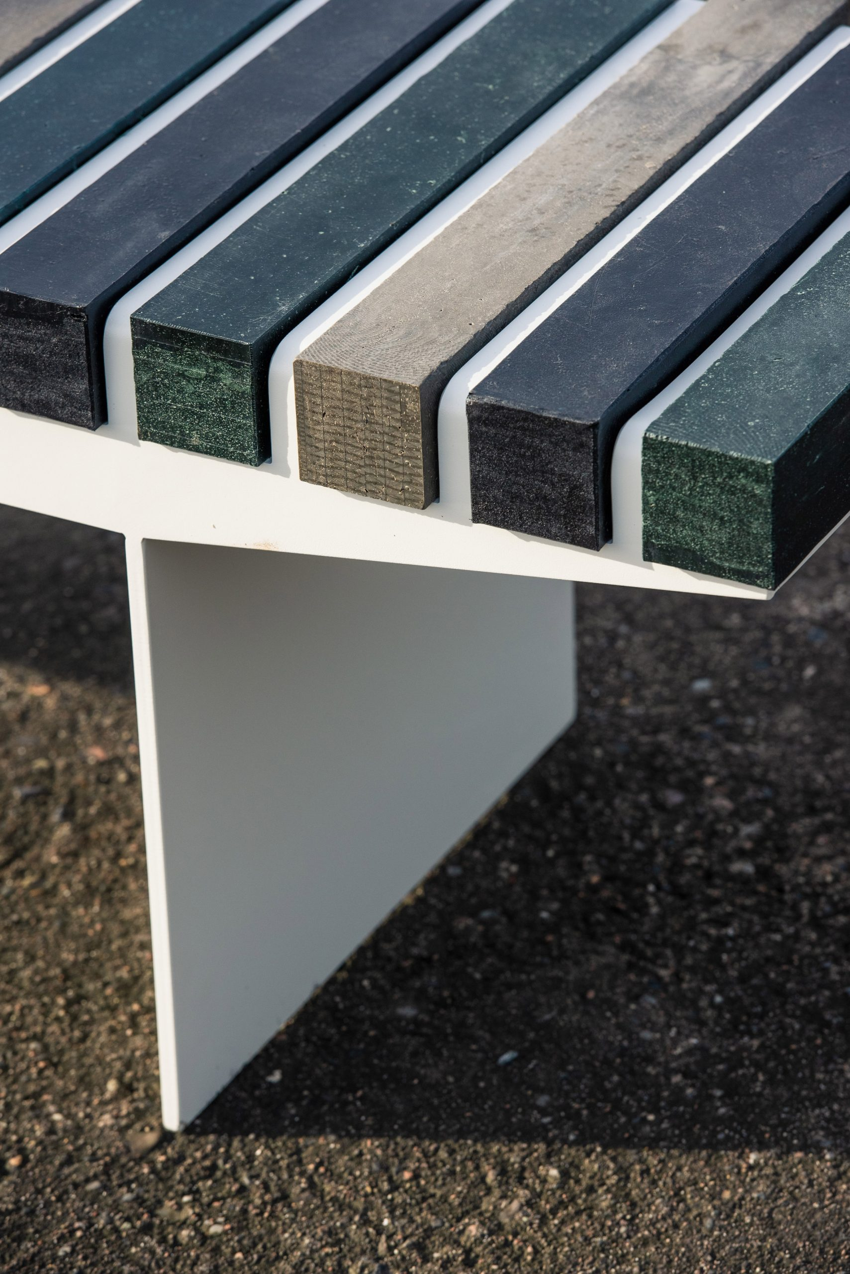 Recycled plastic seat of Coast bench by Vestre