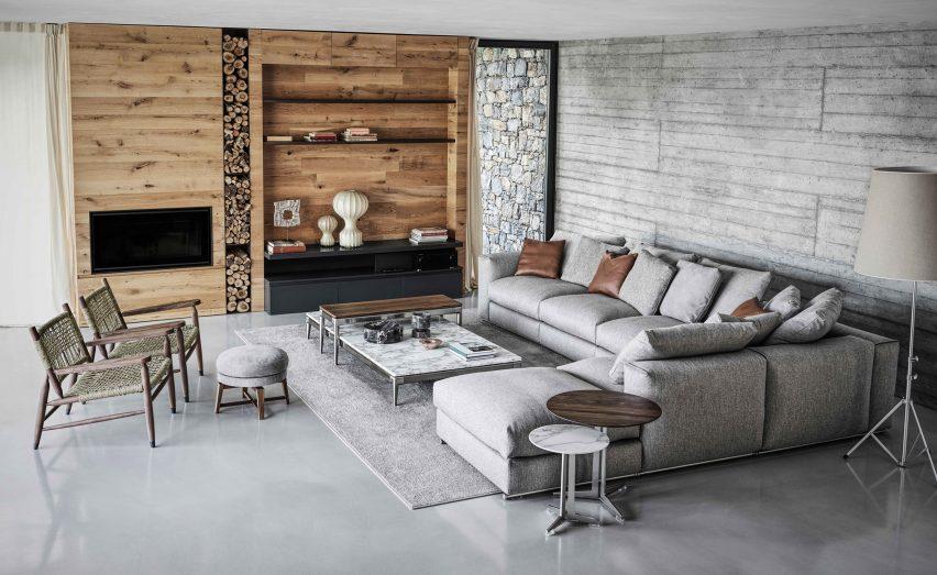 Living room at Villa Nemes by Giordano Hadamik Architects
