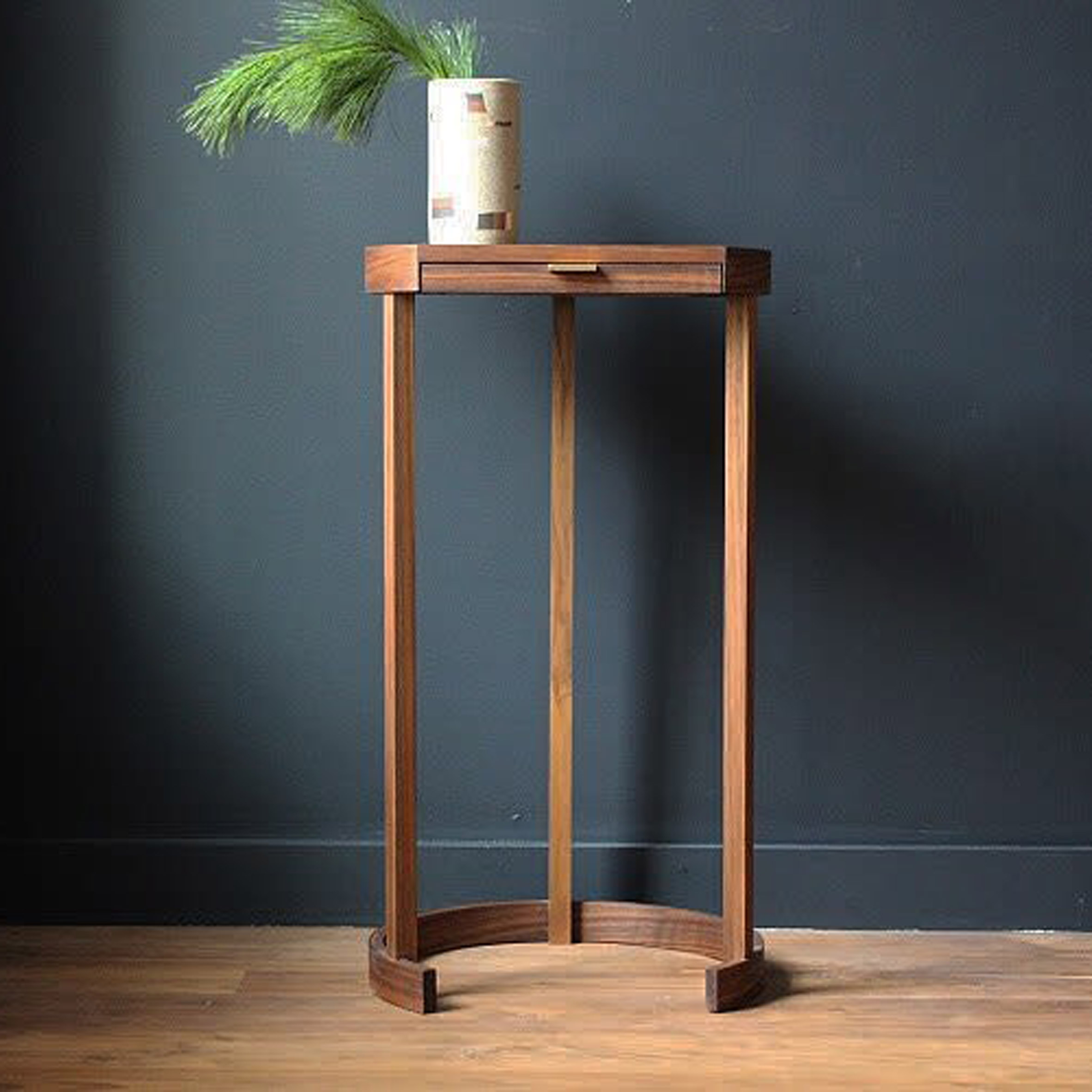 Daisy occasional table by Oxford Street Furniture