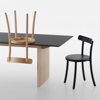Zampa chair in black and wood by Jasper Morrison for Mattiazzi