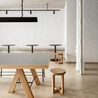 Plantea Estudio casts minimalist Madrid restaurant in shades of beige