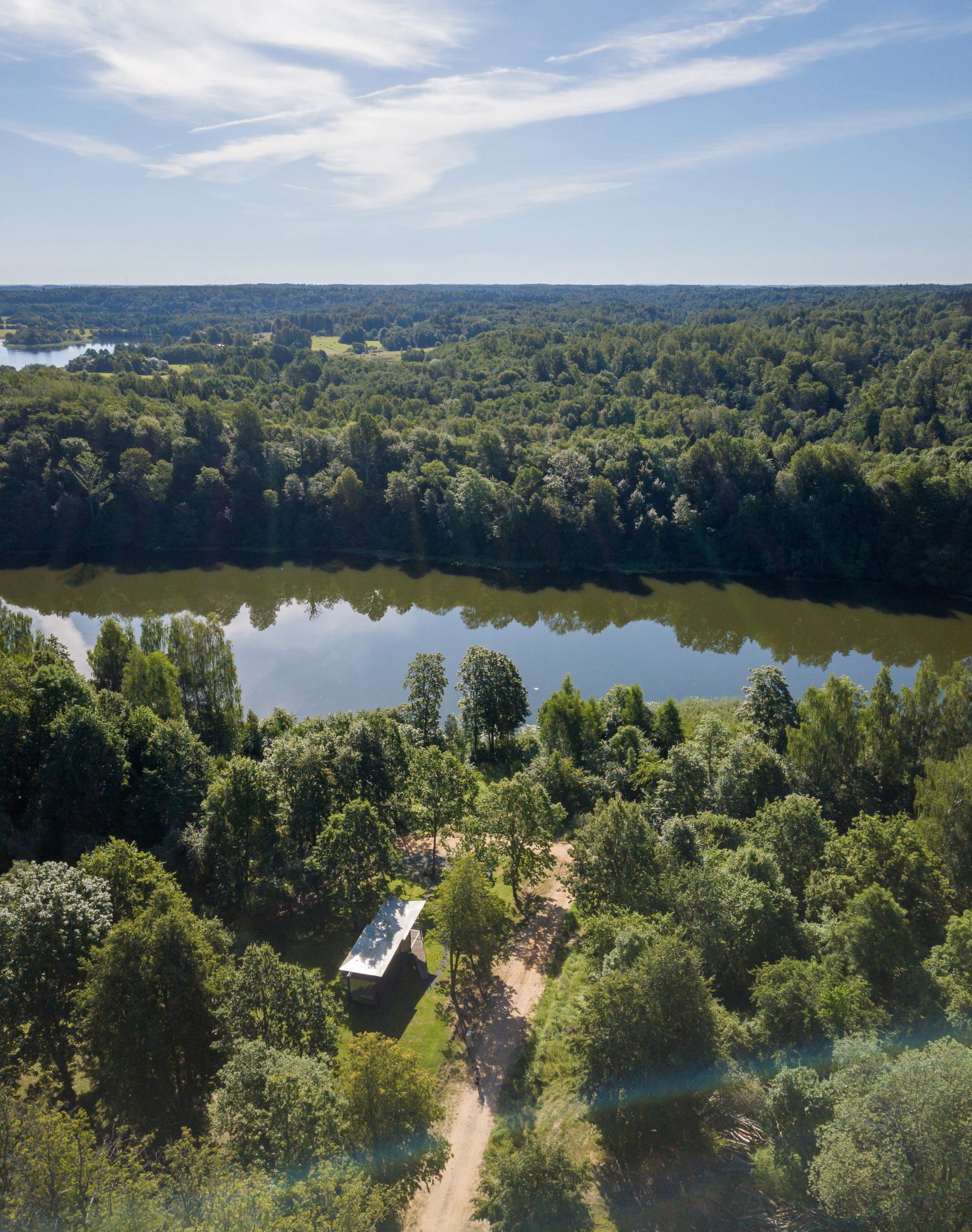 Aerial view of 019 Cabin by ŠA Atelier and Piritas