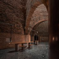 Cheng Chung Design creates restaurant within brick art installation in China