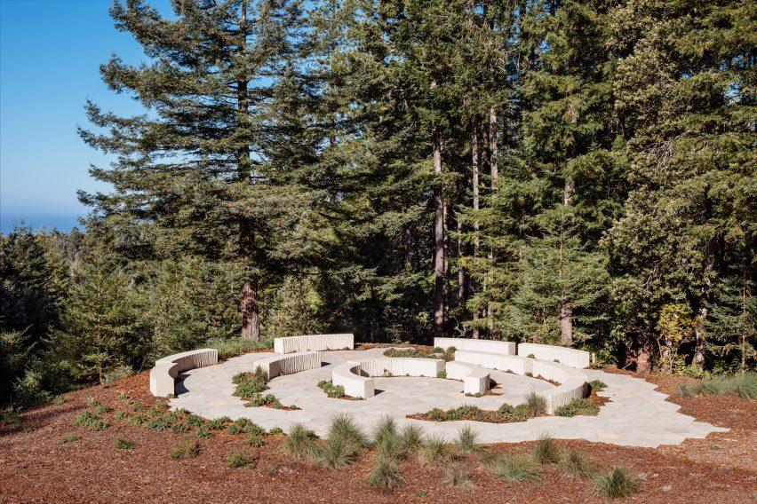 Concrete memorial