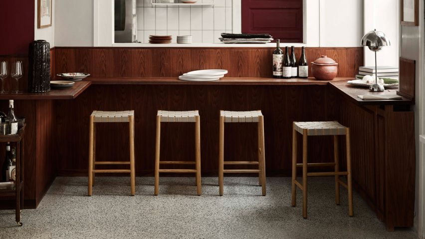 Betty TK8 stool in oak and natural webbing by Thau & Kallio for &Tradition in an restaurant interior