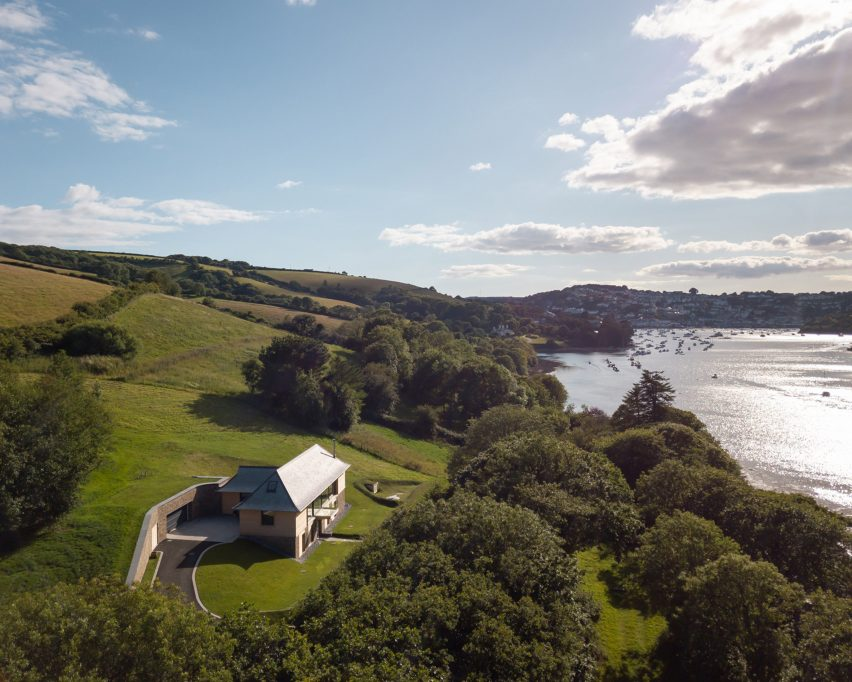 House overlooking Salcombe Estuary
