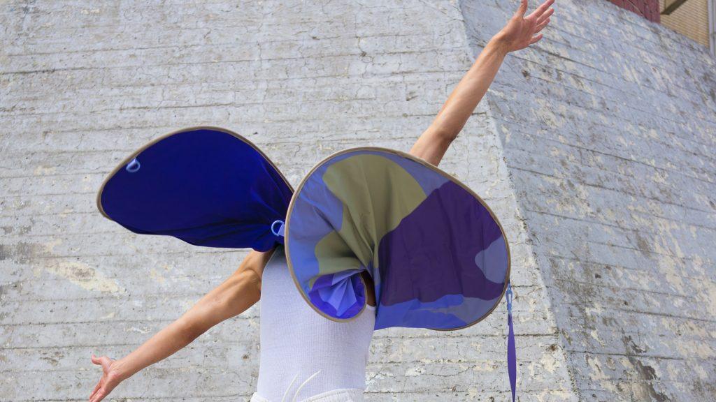 "Anna-Sophie Dienemann designs wearable ""distance keepers"" that work like pop-up tents"
