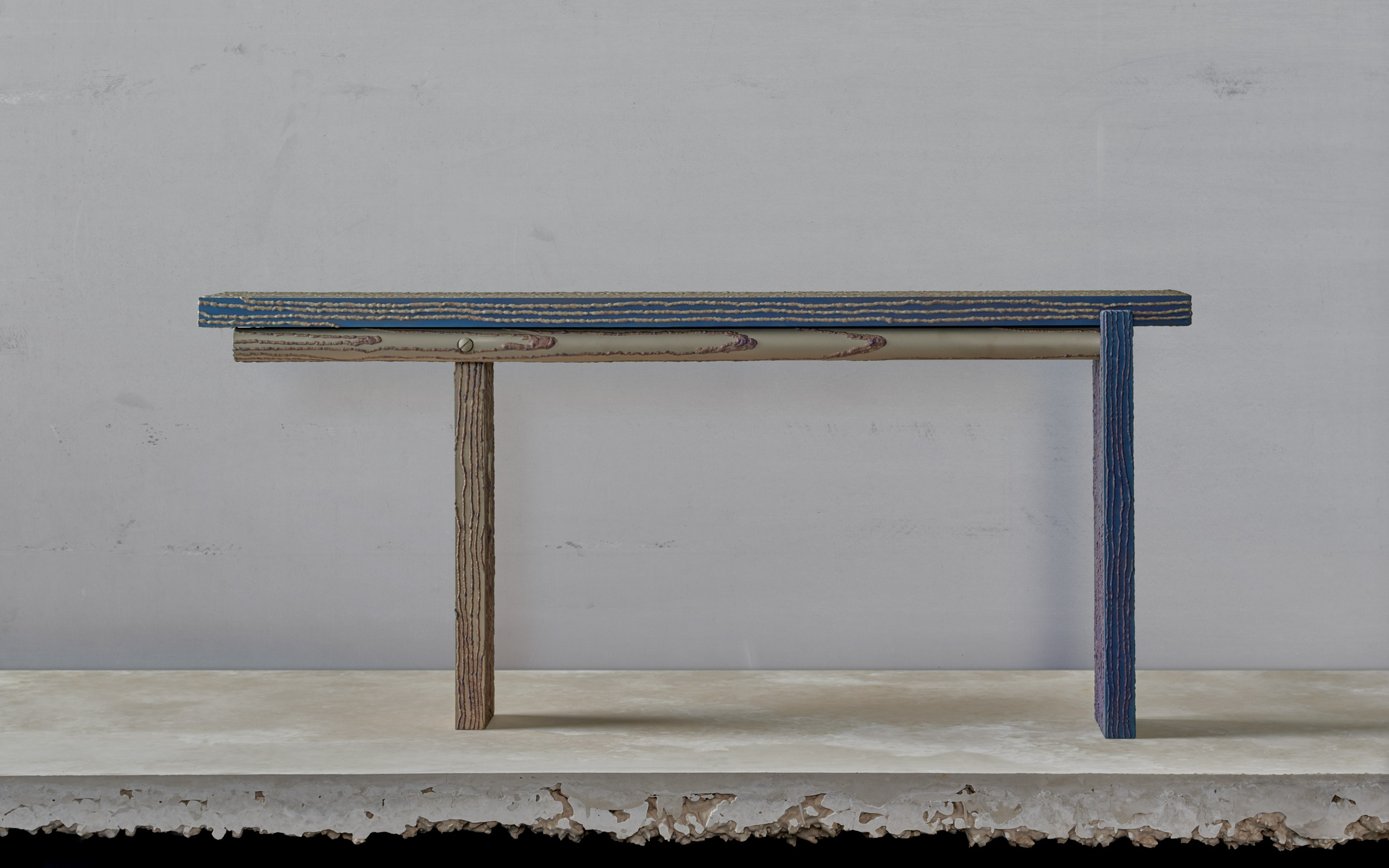 Carbon bench by Ward Wijnant