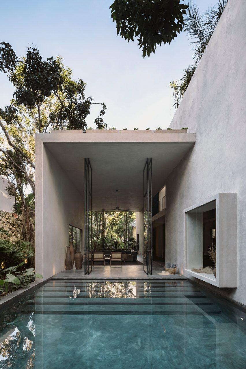 Casa Aviv's swimming pool in Mexico