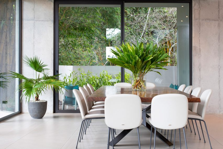 Dining room of Casa las Vistas