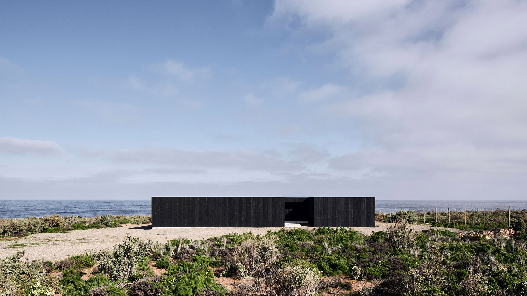 Blackened pine-clad house in Chile