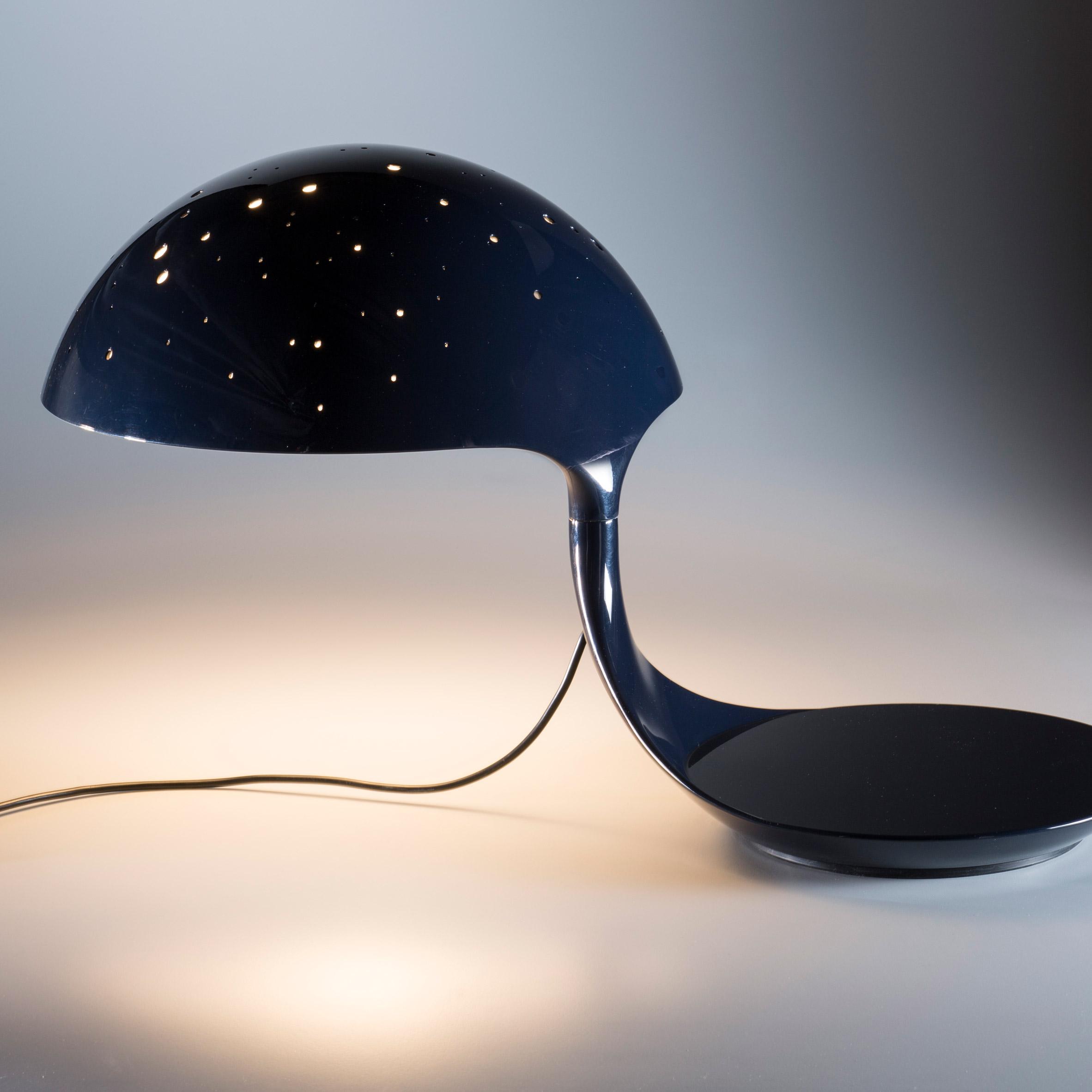 Cobra Scorpius light by Martinelli Luce
