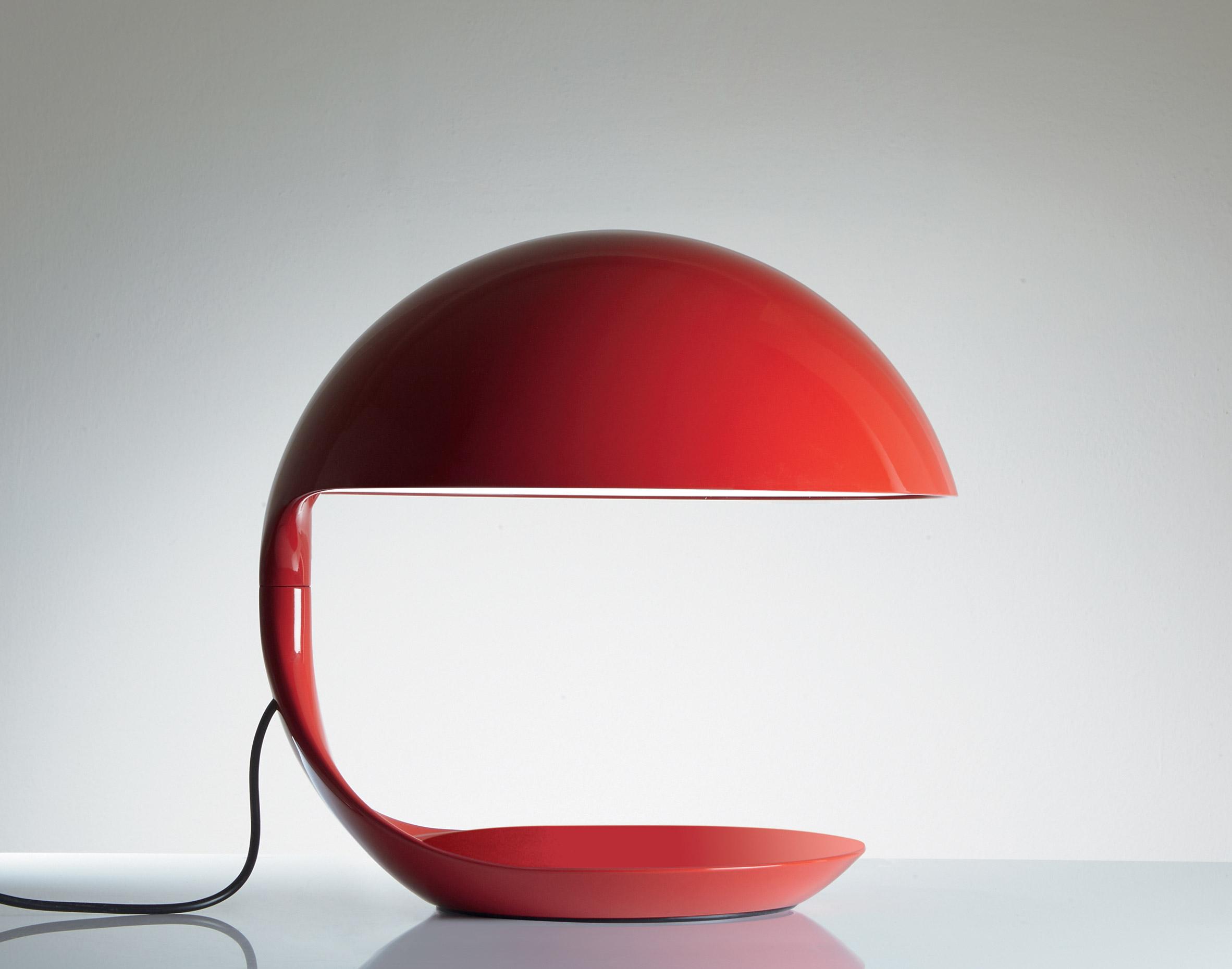 Closed Cobra light by Martinelli Luce
