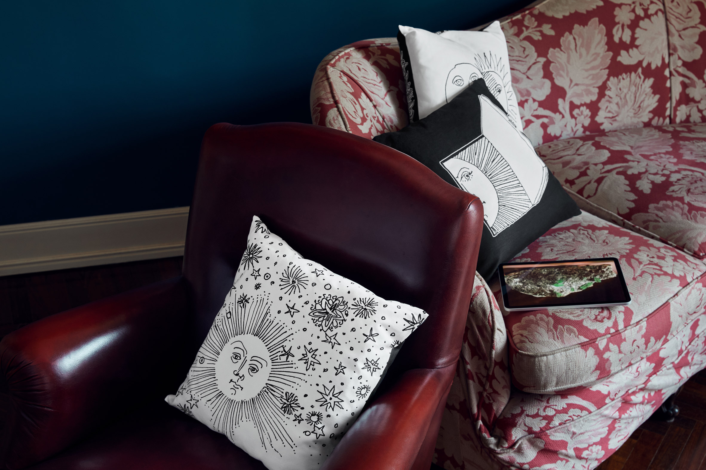 Solitario cushions by Fornasetti