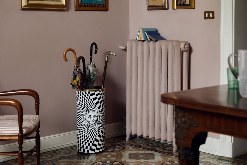 Solecentrismo umbrella stand by Fornasetti