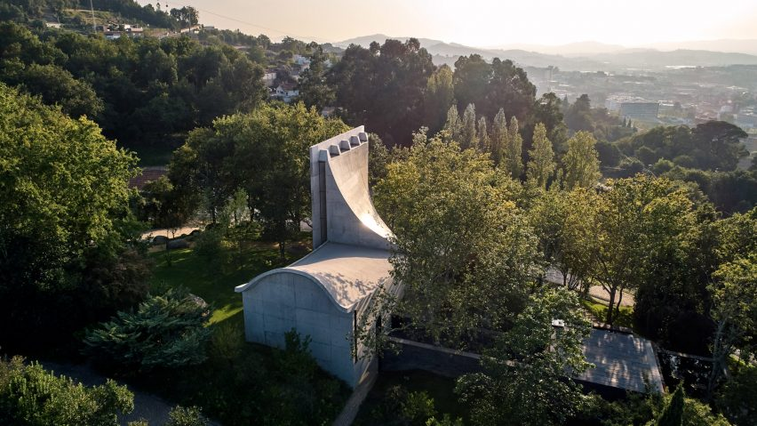 An aerial view of Chapel and Meditation Room by Nicholas Burns