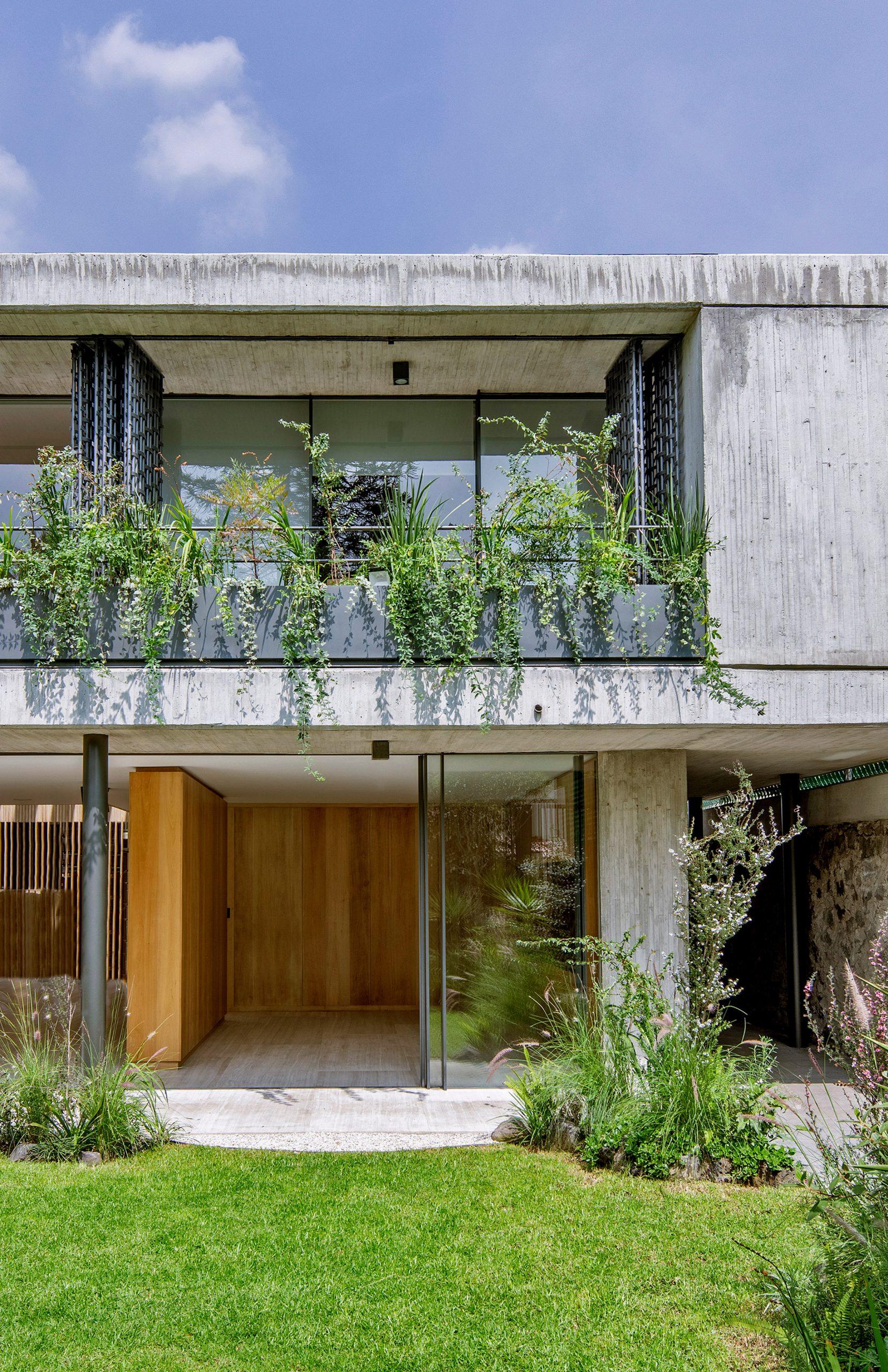 Casa Agua by Viga Arquitectos