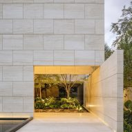 Travertine walls enclose Casa ZTG in Guadalajara by 1540 Arquitectura