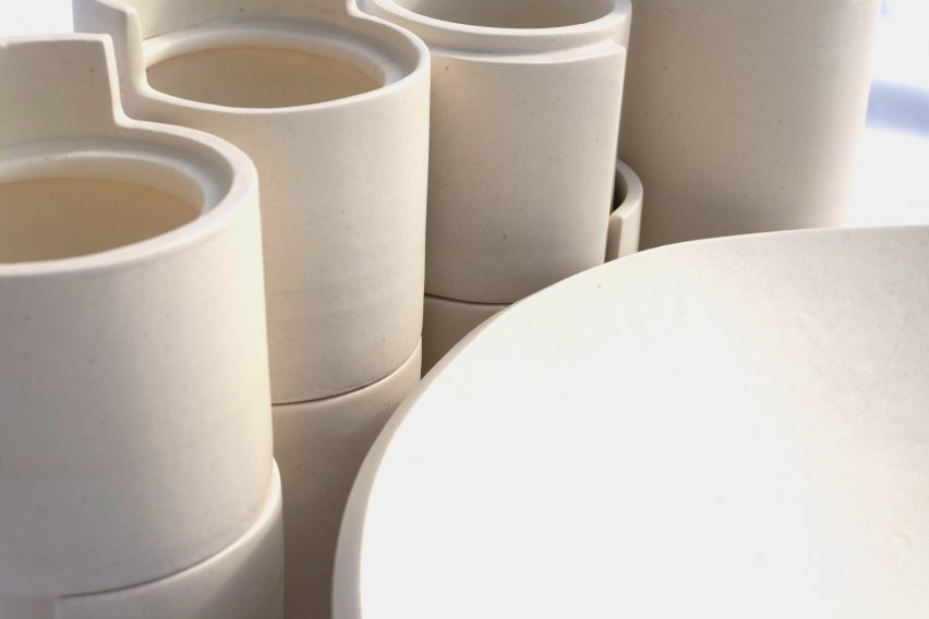 Lleig ceramic packaging and bowl