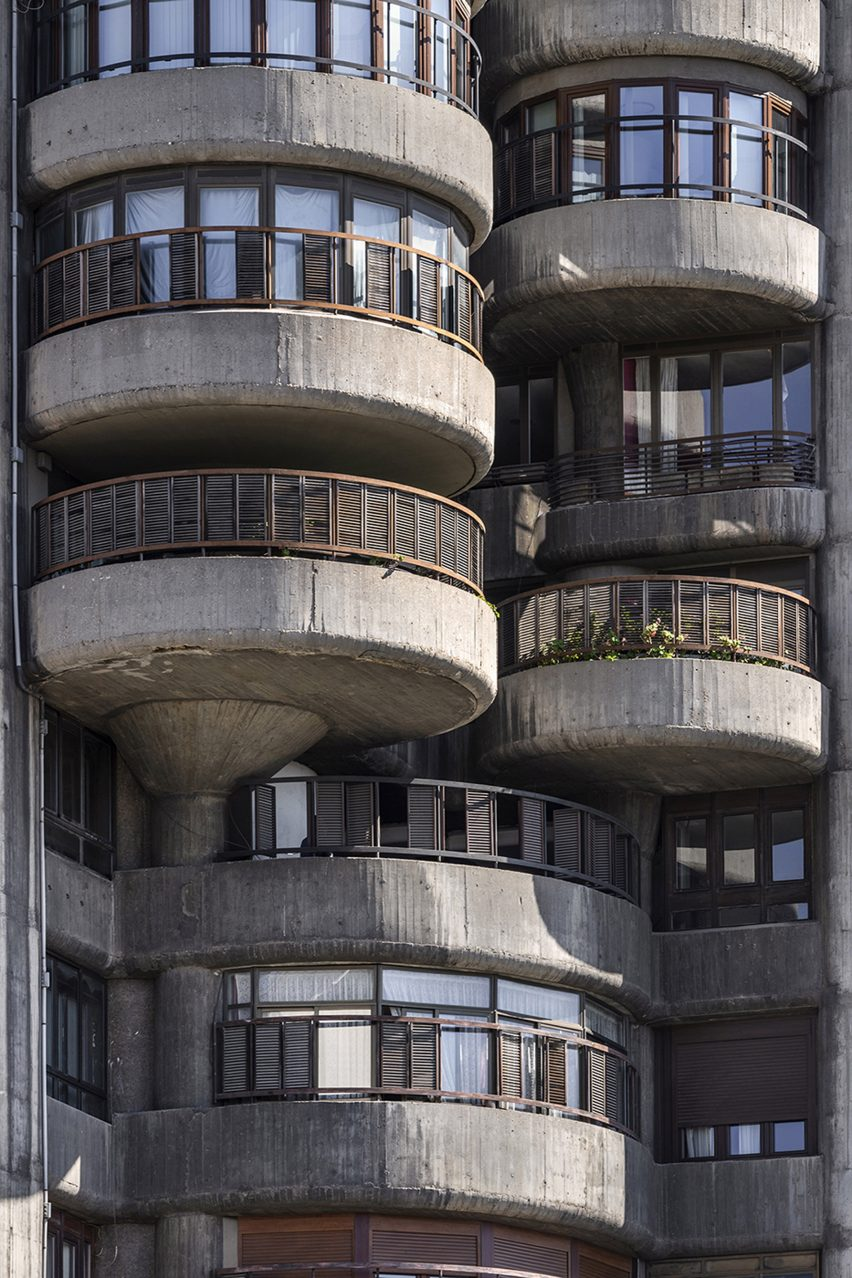 Detail of facade of Torres Blancas, Madrid