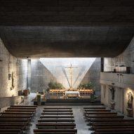 Interior of Church of Nuestra Señora del Rosario de Filipinas