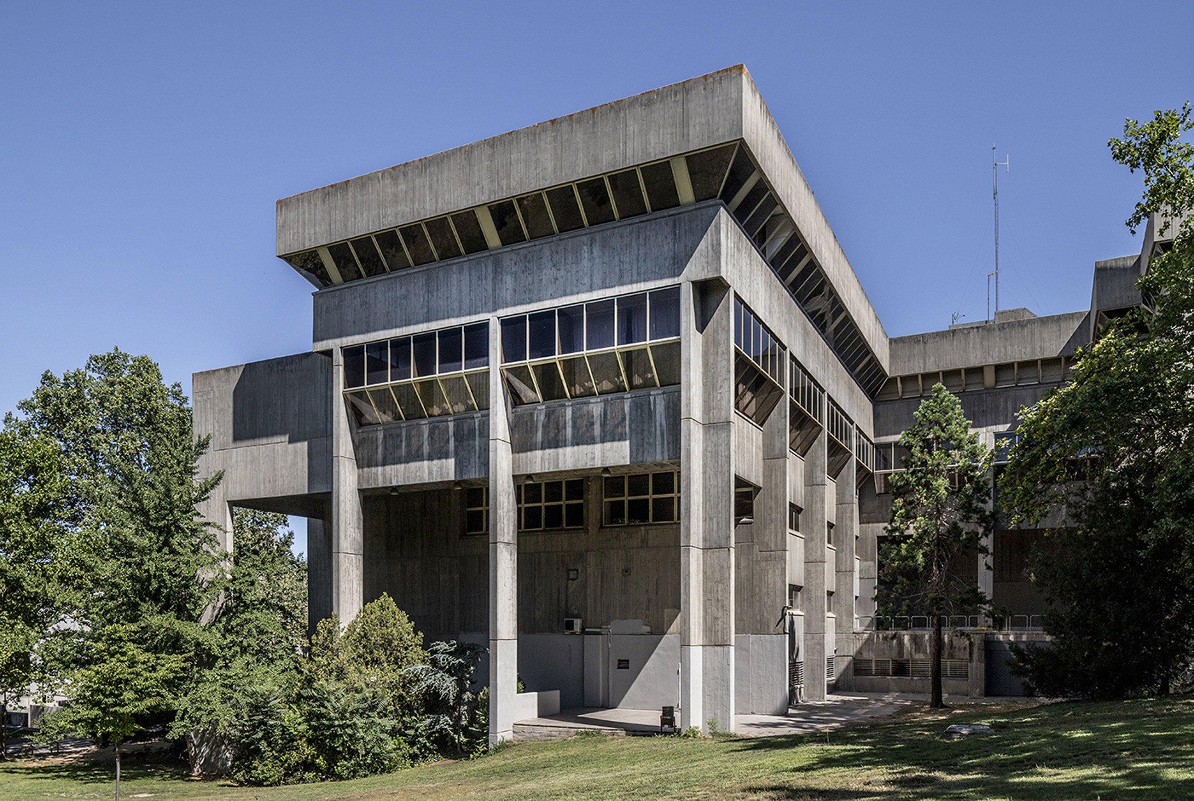 Madrid's brutalist architecture: Department of Information Sciences