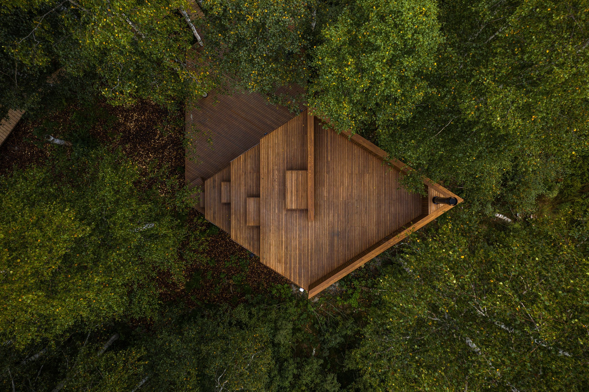 An aerial view of a wooden cabin in Estonia