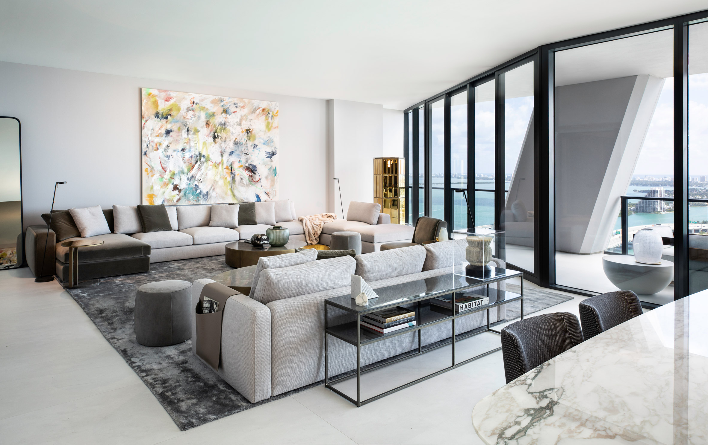 Living room in One Thousand Museum apartment by Meridiani