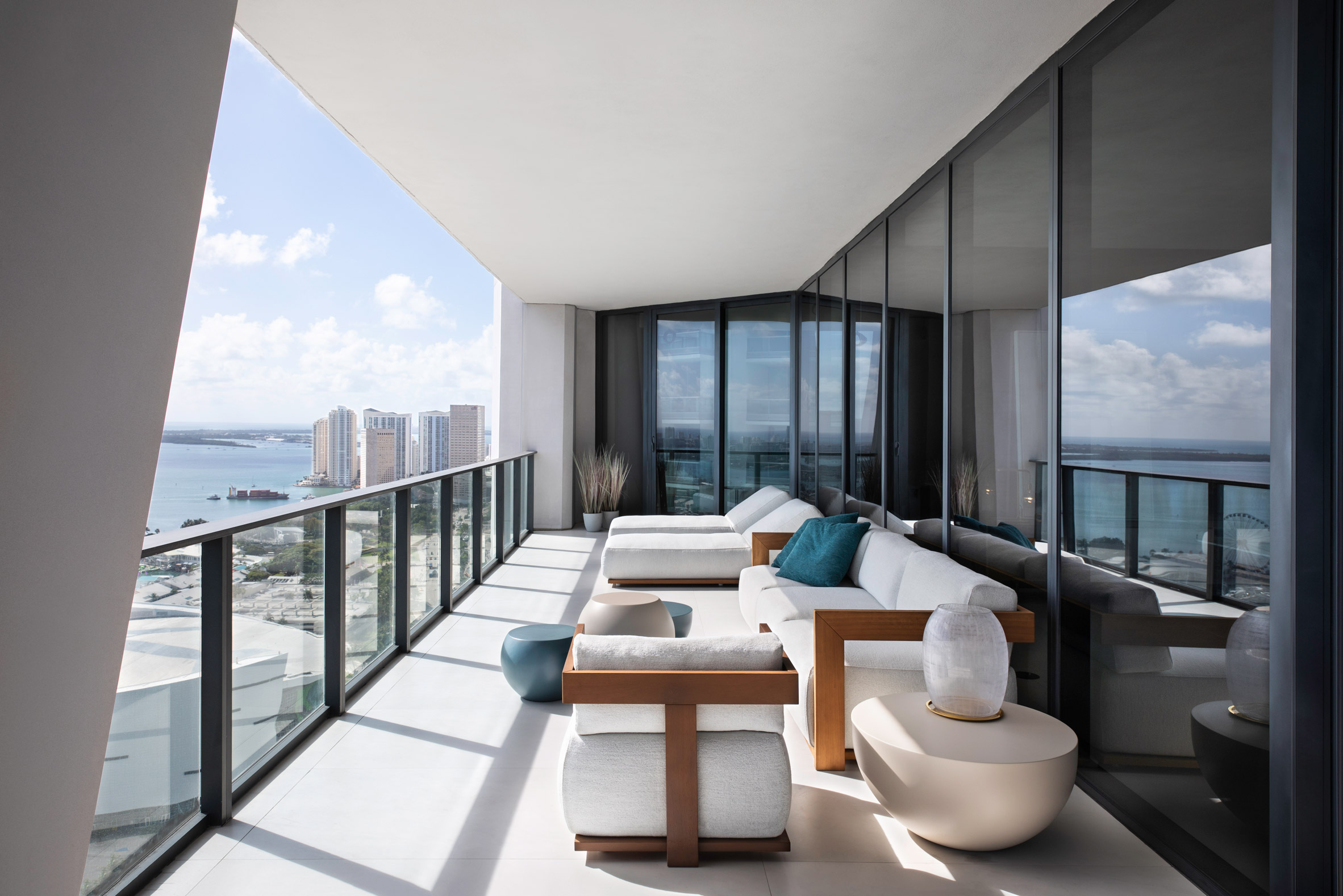 Terrace of One Thousand Museum apartment by Meridiani